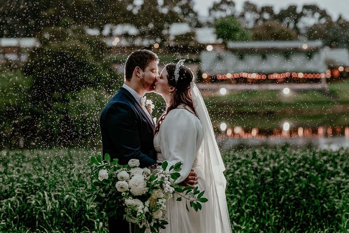 quarry-farm-wa-rain-bride-groom